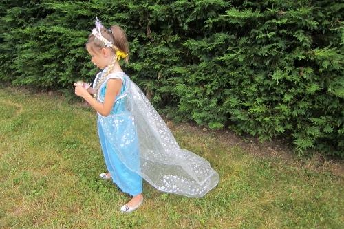 robe reine des neiges (500x333)