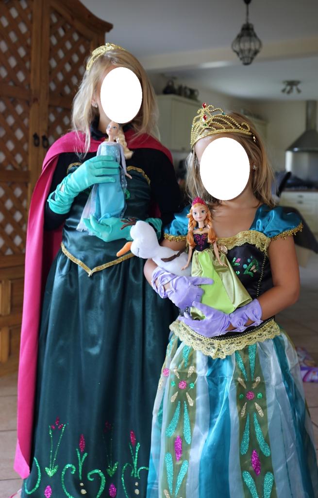 Anniversaire Reine des Neiges costumes couronnement