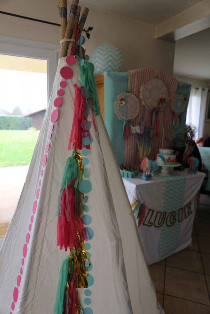 Tipi anniversaire ethnique girly by Riveli www.scrapines.fr